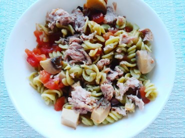 Peas and Quinoa Gluten Free Pasta with Tuna and Mushrooms